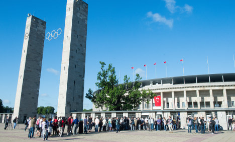 Turks in Germany vote for first time
