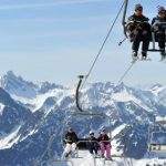 <b>Ski instructor:</b> Many people think of Austria, France and Switzerland when looking for work as a ski instructor, but Germany also boasts good skiing in the Bavarian Alps. Germany's highest mountain, Zugspitze, stands at 2,962 metres. The Black Forest also has ski runs. Photo: DPA