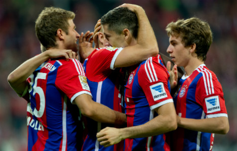 Bayern kick off title defence with win