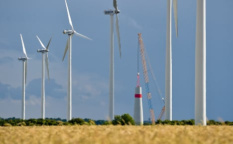 Record wind power growth before curbs start