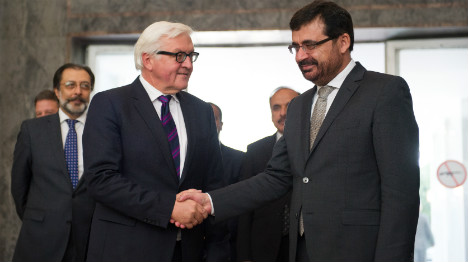 Berlin urges Afghan rivals to solve vote crisis