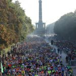 Around 40,000 people packed the marathon course around some of Berlin's most famous landmarks, like the Siegessäule in Tiergarten.Photo: DPA