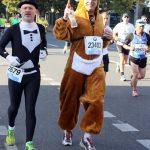 It's recommended to bring plentiful liquids when attempting to run 26 miles in a furry onesie.Photo: DPA