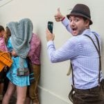 People from all over the world get to know each other a little better at Oktoberfest.Photo: DPA
