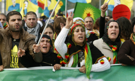 Thousands of Kurds protest against Isis