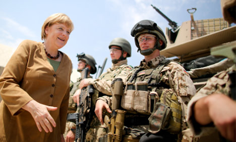 Merkel 'wants to extend Afghan mission'
