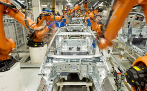 VW looks to robots to replace retiring boomers