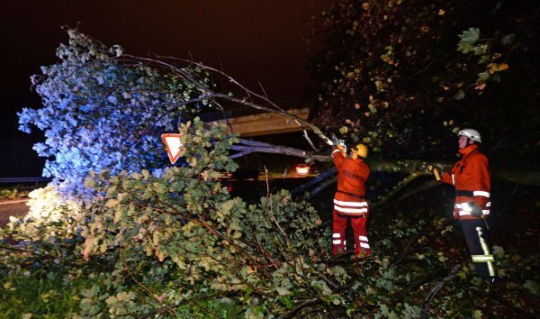 Storm hits southern Germany