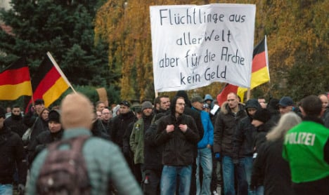 Anti-foreigner protesters rally in Berlin