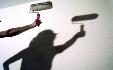 Tenant must pay for shirking paint duties