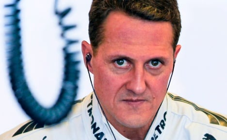 Schumi faces 'difficult and long' recovery