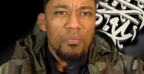 Berlin rapper brandishes severed head in Isis clip