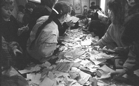 How ordinary people smashed the Stasi
