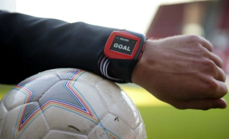 DFL votes for English goal line technology