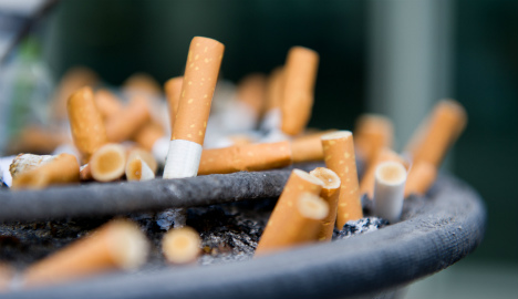 Balcony smoking times can be limited: court