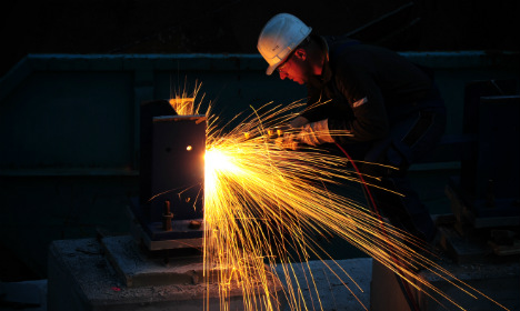 Strong Q4 sparks economic boost for 2014