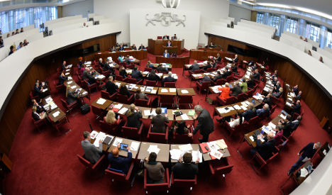 Bremen MPs want €1,900 chairs for 'backache'