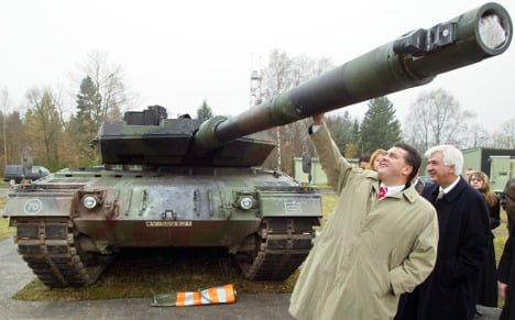 Army considers plan to field more tanks