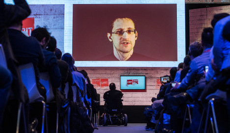 Snowden appears at Hanover IT fair