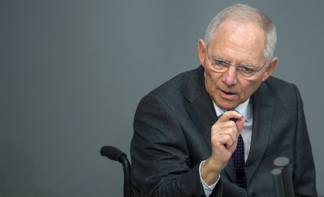 Germany's Schäuble softens Greece tone