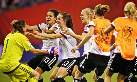Germany pip France in Women's World Cup