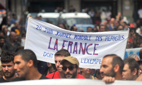 European protesters say 'yes' to migrants