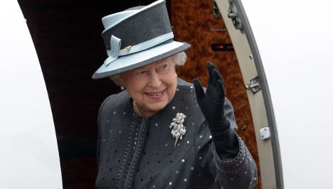 As it happened: Final day of Queen's state visit