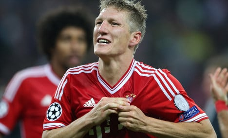 Schweini to join Man United, Bayern confirm