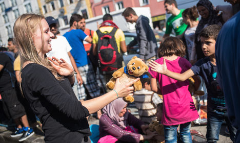 Munich police swamped with refugee donations