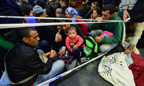 Pro-refugee rallies due as Europe squabbles