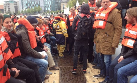 Just 30 minutes on a refugee boat is terrifying