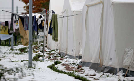 Freezing migrants cry foul as cold bites