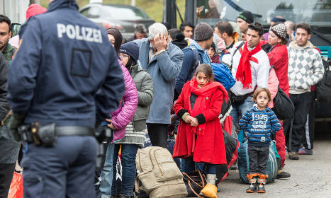 Refugee talks stall with deep divisions unsolved
