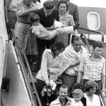 """Passengers from the Lufthansa aircraft """"Landshut"""" hijacked by Red Army Faction terrorists return to Frankfurt in 1977 after being rescued by Germany's elite GSG-9 police in Mogadishu, Somalia.Photo: DPA"""