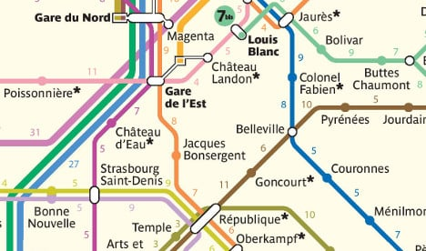 Paris Metro map shows it may be quicker to walk