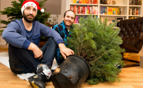 German trendsetters rent out live Christmas trees