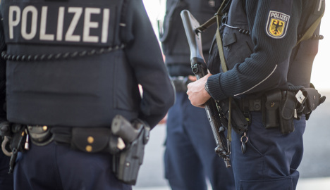 Munich police bust men with toy guns on bus