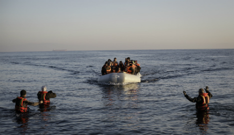 Turkey makes new vow to cut refugee numbers