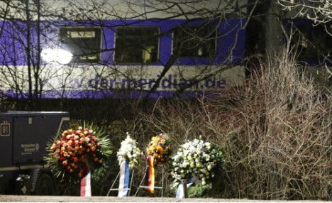 Controller 'twice tried to warn trains before Bavaria collision'