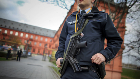 Police search flats of Mainz 'terror suspects'
