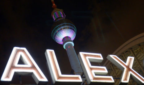 Berlin's busiest square is hunting ground for criminals
