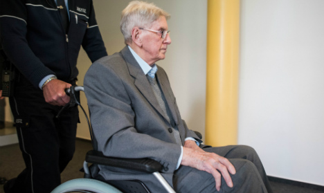 'I am truly sorry' says 94-year old Auschwitz SS guard