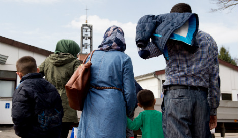 Syrians in Germany 'want upper limit on refugees'