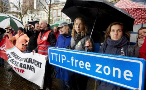 Greenpeace: Leaked TTIP papers show 'threat' to EU