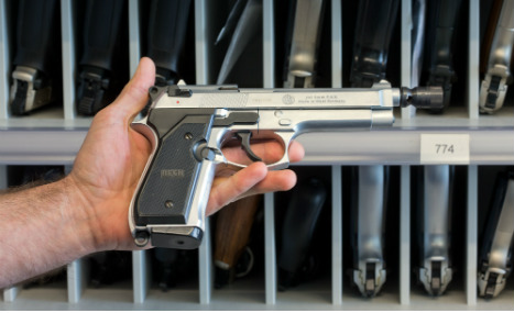 Bavarians rush for non-lethal weapons licenses