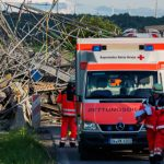 Bavarian Red Cross on hand to treat the injured.Photo: DPA