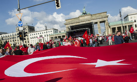 Half of Turkish Germans hold Islam above state law