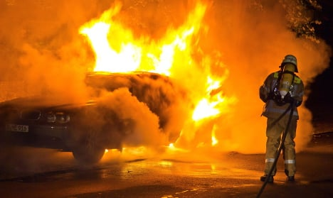 More far-left violence in Berlin as 17 cars are set on fire