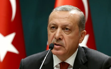 Erdogan accuses EU of not paying up under migrant deal