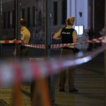 Police officers close off pedestrian areas during and immediately after the shooting.Photo: Photo: DPA